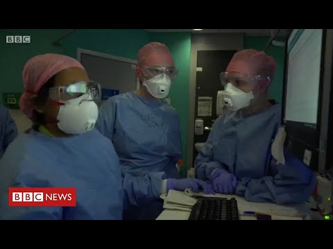 The Coronavirus Frontline: fighting to save lives at a London hospital    BBC News