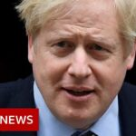 Coronavirus: Boris Johnson 'in good spirits' and is stable in hospital   BBC News