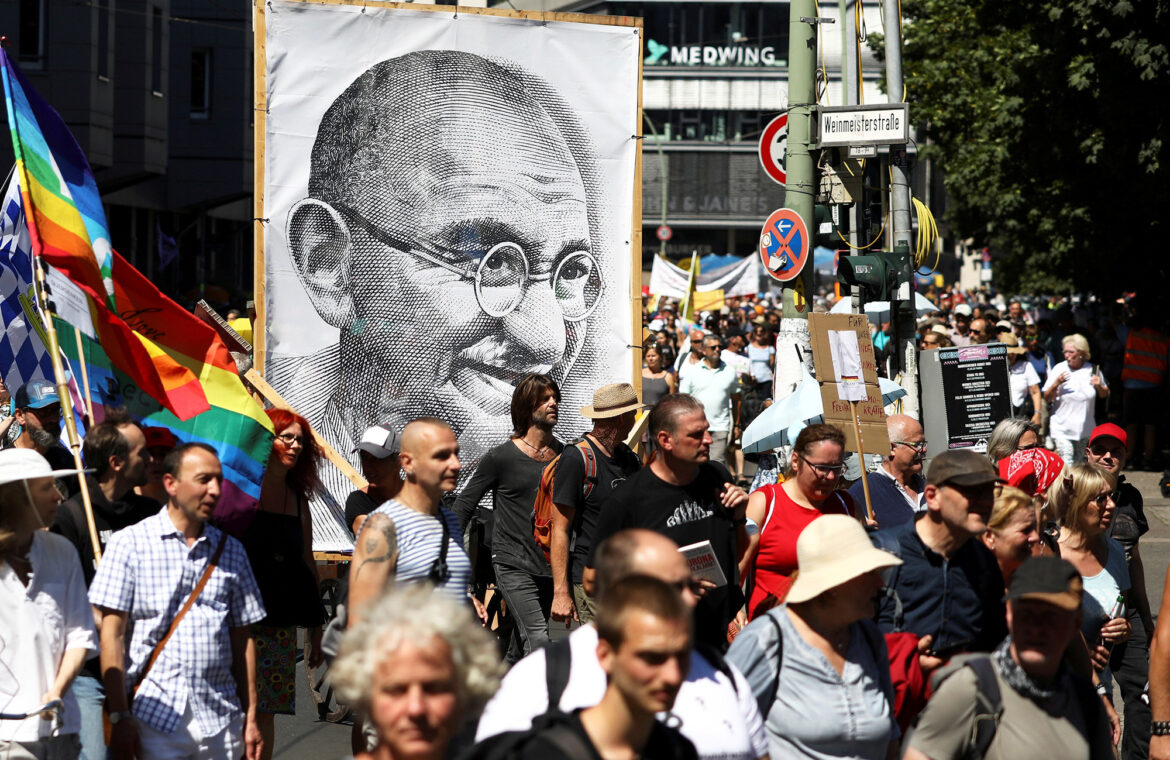 Thousands of maskless Germans protest COVID 19 rules in Berlin
