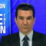 "Gottlieb says Biden to take office at likely ""apex"" of coronavirus surge"