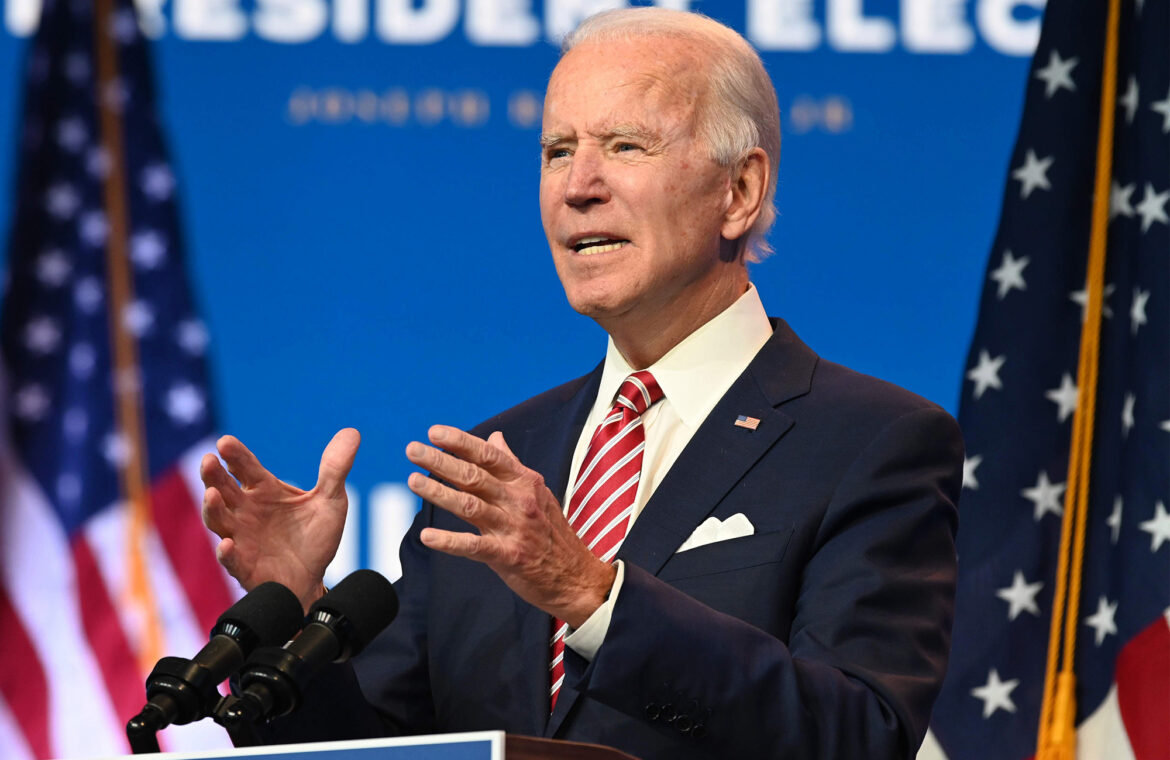 Biden ready for COVID 19 shot as he cuts family Thanksgiving invites