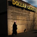 Dollar General becomes the first retailer to announce plans to pay workers to get the COVID 19 vaccine