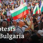 Bulgarians take to the streets to protest corruption | Focus on Europe